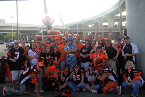 The full group from the 2009 Bengals & Colts tailgate, ready to make some noise in the Jungle!